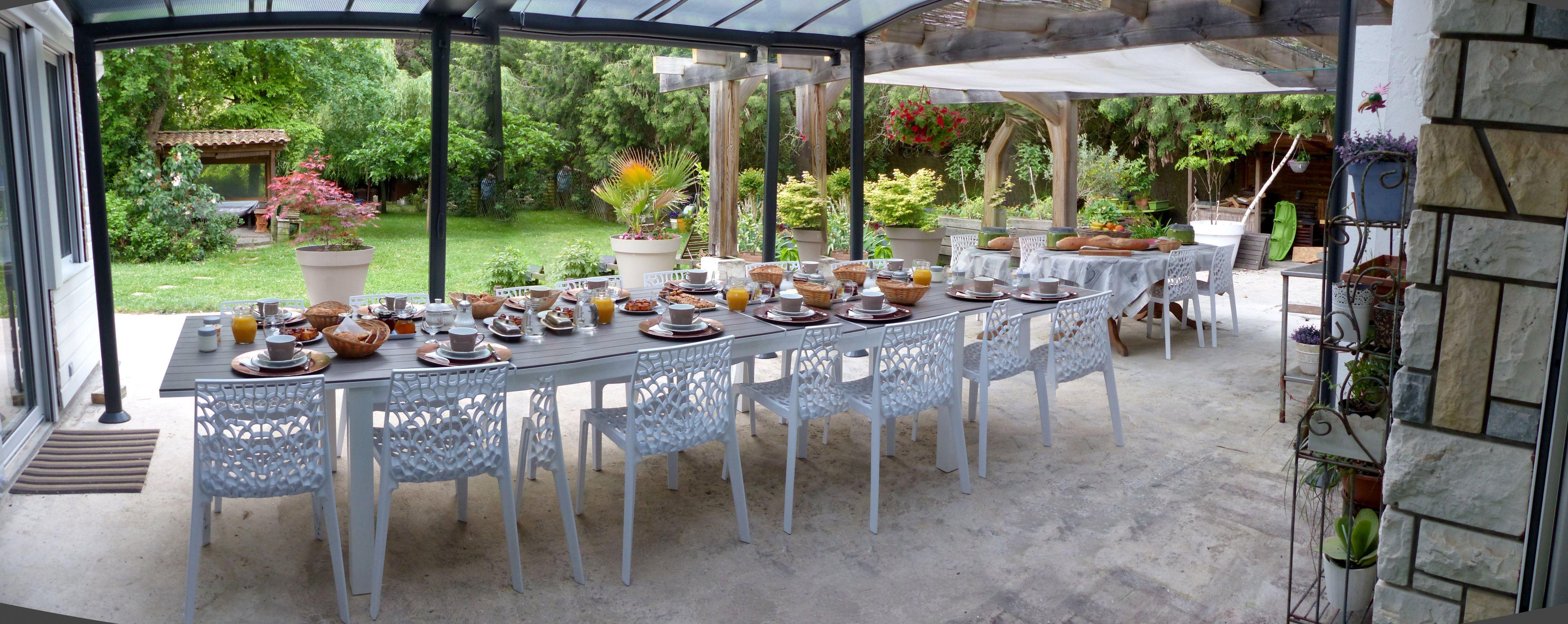 Petits déjeuners gourmands fait maison de la Maison Lucilda